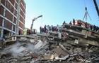 После землетрясения в Измире из-под завалов спасли более ста человек