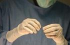 Коронавірус загрожує виробництву хірургічних гумових рукавичок