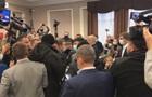 У Київоблраді бійка через депутата з  ковід