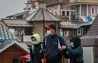 ВОЗ рекомендовала носить маски на улице