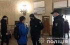 У метро Києва зафіксували півтори сотні порушень карантину