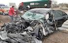 На Запоріжжі двоє людей загинули під час зіткнення легковика і вантажівки