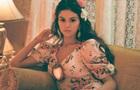 Селена Гомес выпустила клип на испаноязычную песню