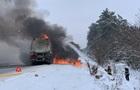 У Рівненській області загорівся бензовоз