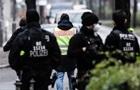 Чоловіка, який кидав сніжки у посольство США в Берліні, затримала поліція