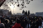 На акциях в России задержаны около 100 человек