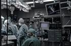 У Франції пацієнту пересадили дві руки і плече