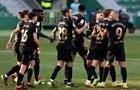 Барселона выиграла четвертый матч подряд, одолев Эльче