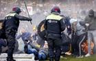 У Нідерландах противники карантину спалили центр тестування на COVID-19