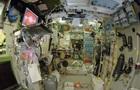 Дві тріщини на МКС виявилися подряпинами
