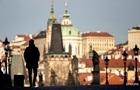 Чехія вдруге за місяць продовжує режим НС