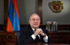 Президент Армении отказался уволить главу Генштаба