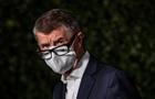 Прем єр Чехії вимагає штрафувати порушників карантину