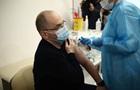 Степанов о прививке: Чувствую себя даже лучше