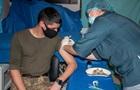 На COVID-прививку согласны менее 20% бойцов ООС