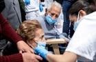 В Україні майже 8 тисяч нових випадків COVID-19