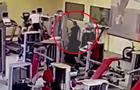 Момент убийства  авторитета  в фитнес-клубе Москвы попал на видео