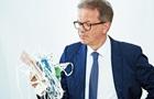 Глава МОЗ Австрії йде у відставку через  перевантаження