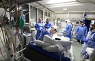 Во Франции число жертв пандемии превысило 100 тысяч человек