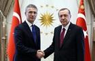 Ердоган і Столтенберг обговорили стягнення військ РФ до України