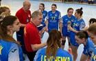 Українські гандболістки вдома розгромно програли в першому матчі плей-офф ЧС