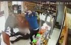 На Харківщині чоловіка побили і обстріляли