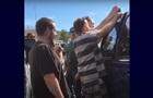 В США заключенные спасли запертого в авто ребенка