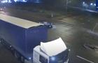 У Києві п яний водій влетів у вантажівку і намагався втекти з місця ДТП