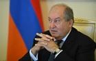 В Армении президент вакцинировался от COVID-19