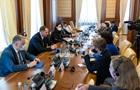 Ермак призвал усилить ответственность за снайперские обстрелы на Донбассе