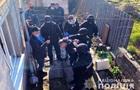У Маріуполі затримали чоловіка, який розгромив сокирою магазин