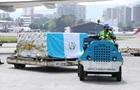 В Гватемалу доставили первую партию российской вакцины