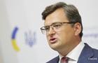 Кулеба: РФ перестала  бряцать оружием  у границ