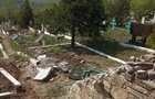 Сепаратисти зруйнували кладовище на Луганщині