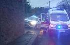 У Києві наркоман заблокував рух і трощив авто
