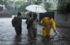 В Индии из-за мощного циклона эвакуировано 200 тысяч человек