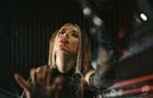 Надя Дорофеева выпустила клип на новый трек Почему