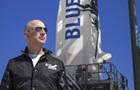 Полет в космос с Безосом продан на аукционе за $28 млн