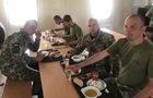 У мережі з явилися фото мізерних обідів українських резервістів