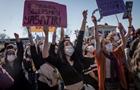 Женщины в Турции вышли на протест из-за Стамбульской конвенции