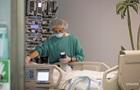 В Италии непривитых медиков начали отстранять от работы