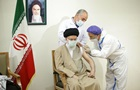 Верховний лідер Ірану щепився вітчизняною COVID-вакциною