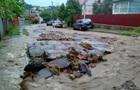 В Черновцах прошли ливни и ураган