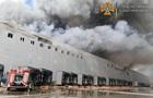 Під Одесою спалахнули склади мережі супермаркетів