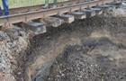 В Черновицкой области появился новый провал под железнодорожными путями