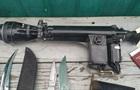 Прицел, ножи и наручники: украинские пограничники задержали россиянку