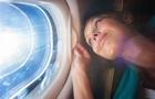 3 зміни, які відбуваються з нашим організмом у літаку