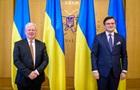 Кулеба закликав ЄС допомогти звільнити політв язнів-українців в РФ