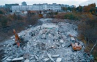 В Житомире снесли известную фабрику носков