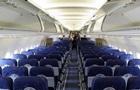 Замовив переліт: чоловік із квитком  економ  летів у літаку сам